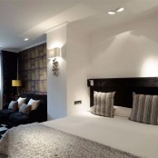 "Zona descanso suite Mirador con cama ""king size"""