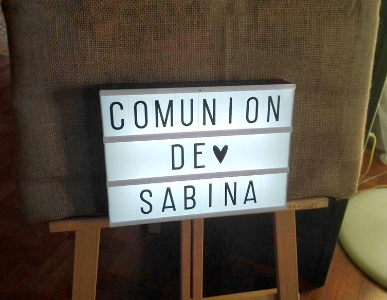 Comunión Barbastro atril nombre niña. - Restaurante San Ramón