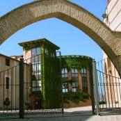 Barbastro: Conjunto de San julian y Santa Lucia. Imagen del archivo fotográfico del Gobierno de Aragón.