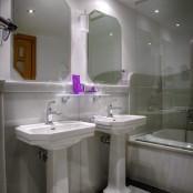 Baño habitación con hidromasaje