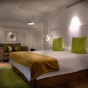 Cama King SIze. Habitación Hotel con encanto Barbastro (Huesca)