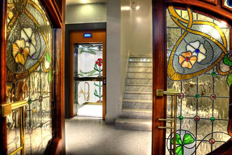 Entrada al Hotel con encanto San Ramón del Somontano