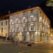 Exterior nocturno Hotel Spa