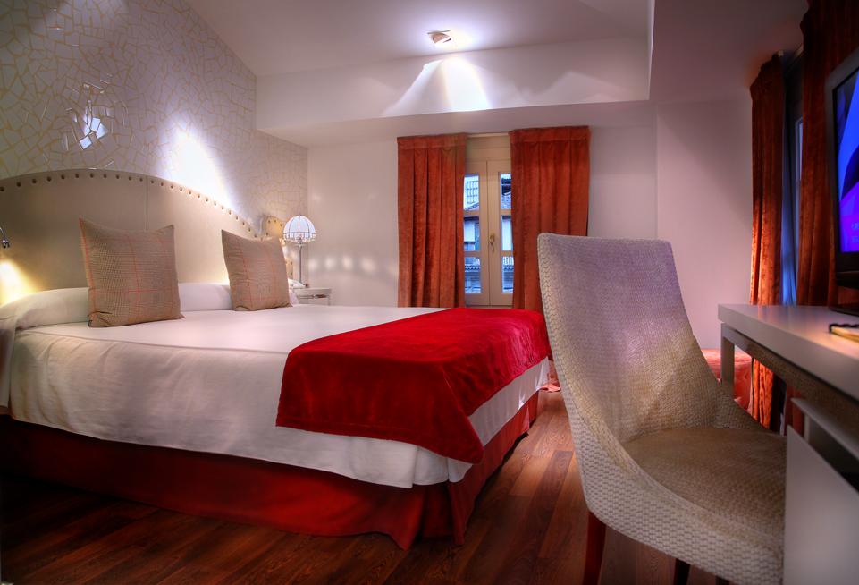 Decoracion Romantica Habitacion Hotel ~   con jacuzzi en la habitaci?n  Rom?ntico Hotel Spa con jacuzzi