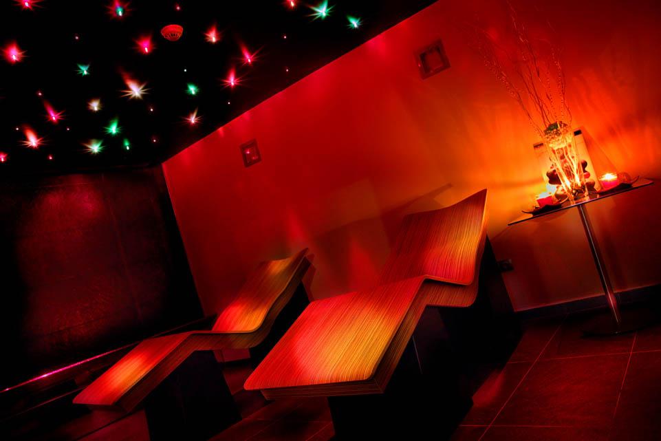 Circuito Spa Privado Hotel San Ramón: Sala Relax con tumbonas térmicas