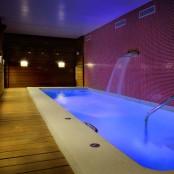 Circuito Spa privado Hotel San Ramón: Piscina Cromoterapia